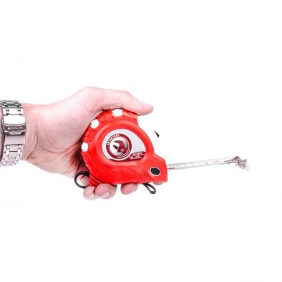 Рулетка с металлическим полотном и фиксатором 10 м 25 мм Супер Магнит блистер Intertool MT-0310